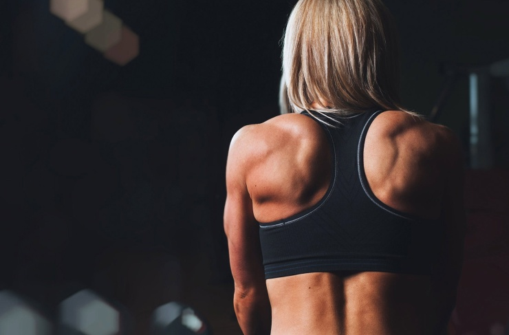 woman-back-fitness